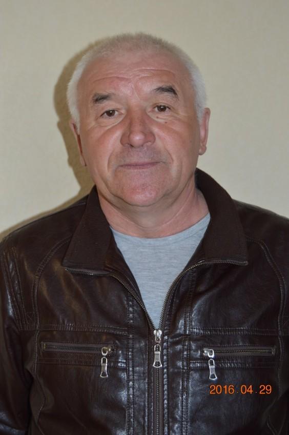 Вахрушев